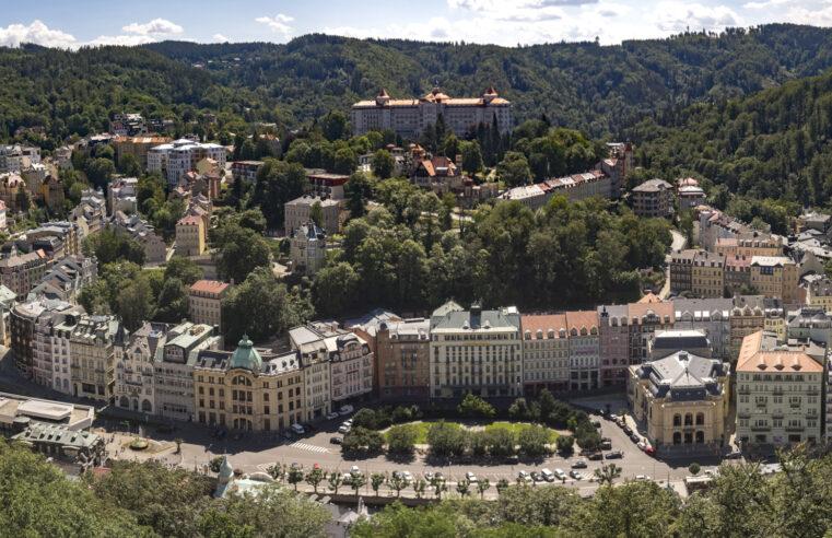 Karlovy Vary – aneb když vyrazíte za jelenem a dojdete ke kamzíkovi